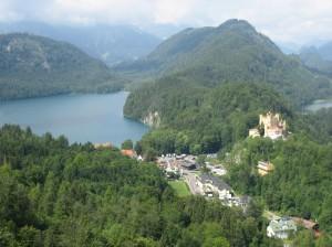 ③シュタインベルク湖とホーエンシュヴァンガウ城