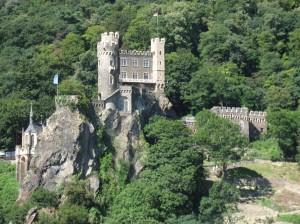 ⑨ライン川中世の古城