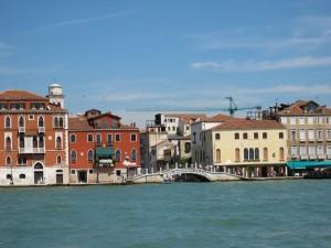 4ヴェネチア海から見る街並み