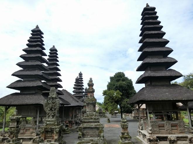3-1バリ島 タマン・アユン寺院